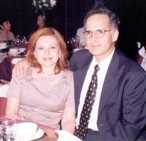 Carmen de Rojo y Héctor M. de Rojo.