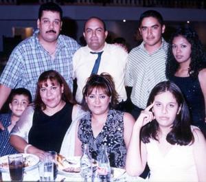 Sergio Grijalva, Silvia de Grijalva, Felipe García, Alma de García, Cristina García, Francisco Javier y Patricia Torres.