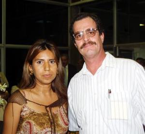 Alejandra Flores y Adolfo Nalda Nájera.