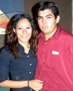 Verónica Ochoa y Armando Cobián Jr