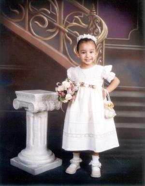 Luisa Fernanda García Dávila en una fotografía de estudio con motivo de su tercer cumpleaños