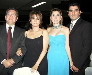 Daniel Sánchez y Lilia M. de Sánchez, Lilia Sánchez de Mortera y Héctor Mortera.