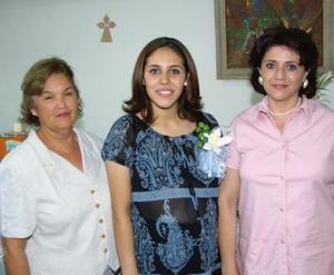 Por el cercano nacimiento de su bebé estejaron a Andrea González de Villarreal, con un convivio preparado por su mamá Lety Jaime Cruz y su suegra Angélica M. de Villarreal.