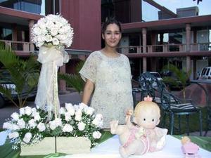 Una agradable reunión le obsequiaron a Dorian Chávez de Ortega con motivo del próximo nacimiento de su hija primogénita.
