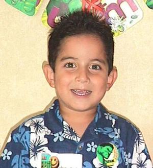 Cinco años  de edad celebró el niño Eduardo Arias con una fiesta preparada por sus papás Rafael Arias y Susana Salazar de Arias