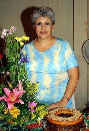 Maruca Faudoa en el festejo que le ofrecieron por su onomástico.