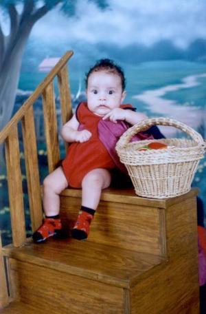 Ángel David Reyes Monsiváis en una fotografía de estudio al cumplir tres meses de edad; es hijo de David Reyes Mena y María Cristina Monsiváis Luna