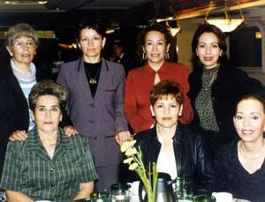 Bertha Vega, Vicky Valderrama, Caro Gutiérrez,Ana Adame, Salomé Sánchez, Martha Leyva y Rita Rosales.