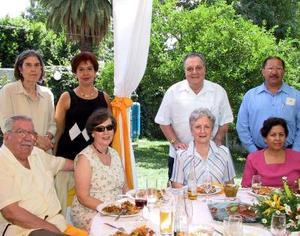 Jesús Martínez Gallegos, Laura de Martínez, Enrique Luengo, Elenita de Luengo, María del Carmen de Pohlenz, Lucía de Ortega y Martha Montaña.