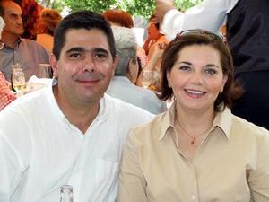 Roberto Garrido y Genoveva de Garrido.