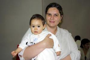 Érika Arias y Tesa de la Torre regresaron al DF, luego de atender asuntos personales en la Comarca.