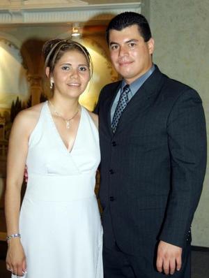 Perla Gabriela López de Becerril y Arnoldo Becerril