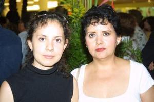 Lety Trujillo Ramírez y Leticia R. de Trujillo.