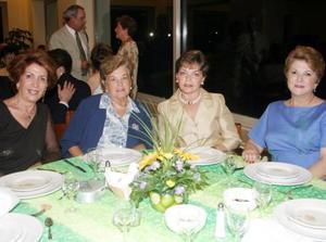 Josie R. de Iriarte, Angélica M. de Garza, Angelina G. de Madero y Celia de Iriarte.
