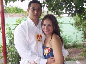 Alfredo Mendoza y July Salazar.