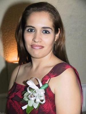 <b>31 julio </b> <p> Silvia Sifuentes Blásquez dejará muy pronto la soltería por lo cual Lucrecia Mijares de Blásquez y Silvia Blásquez de Cossío le organizaron una despedida.