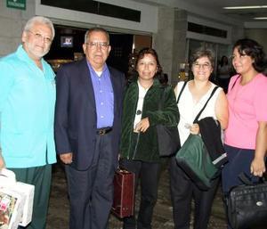 María Hilda Flores, Elisa Ramírez y Enrique Martínez retornaron a la ciudad de México, fueron despedidos por Argelia  Silva y Cuauhtémoc Rincón.