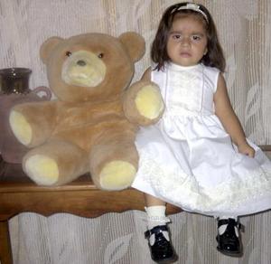 Por su segundo aniversario de vida, la niña Laura Fernanda fue festejada con un convivio preparado por sus papás