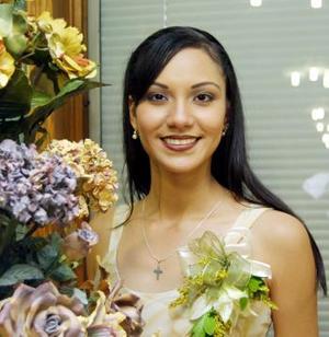 Karla Verónica Lozano Vázquez contraerá matrimonio el próximo mes.