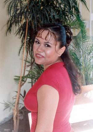 Mayela Delgado Fematt en una de sus despedidas de soltera.