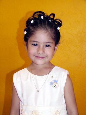Por su tercer cumpleaños fue festejada la pequeña Paola Andrea; es hija de los señores Valentín Martínez y Claudia Leticia Flores de Martinez.