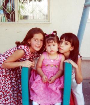 <b>04  agosto</b> <p>Valeria Aguiñaga Ortega en la fiesta que le ofrecieron sus padres por su segundo aniversario de vida, a la que asistieron las niñas Myrthala y Andrea de la Garza.