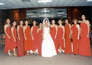 Rocío Rivera Karrum acompañada de sus damas el día de su fiesta de matrimonio.