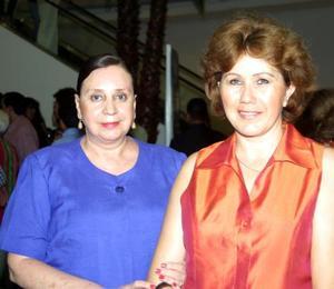 Idaly Chibli y María Guadalupe de Del Río.