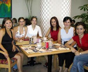 Massiel de Anaya, Lilia de Mortera, Valeria de González, Ruth Orozco, Ana Ma. de García y Sonia García Guzmán.