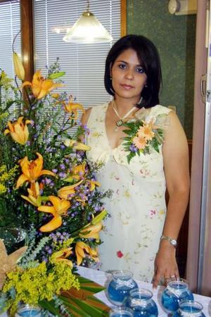 <b>06 agosto</b> <p>María Teresa Vázquez Martínez en su primera despedida de soltera.