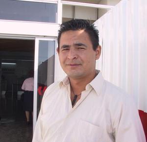Regresó a Sinaloa, después de inspeccionar algunos negocios el Sr. Hussein Chain.
