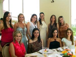 Josie Valdés junto a Magali de Cruz, Rosa Carmen de Torres, Bárbara Dueñez, Dora Valdés, Vanesa Valdepeñas, Andrea Valencia, Gaby Valdés, Claudia Flores y Ana de Cantú.