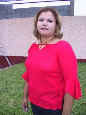 <b>08 de agosto </b><p> Con un convivio festejaron el onomástico de Yadira Berenice García Magos.