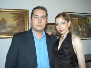 Carlos Fernando Garza Chávez y Leticia del Carmen Villa Rodea.