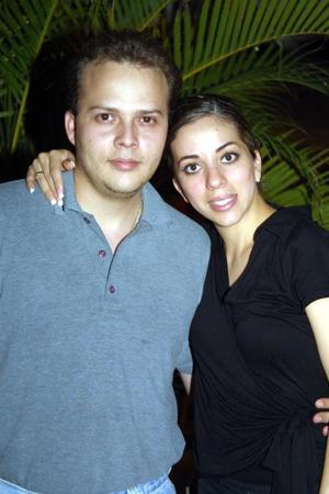Luis Genaro Torres y Ana Tere García contrajeron matrimonio recientemente.