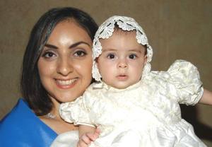 Lourdes Mercado con su hija Paulina Gamboa Mercado.