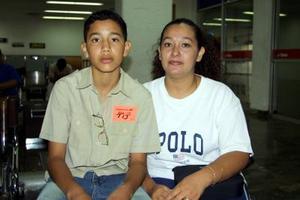 Axel Sánchez viajó a Tijuana para disfrutar de unas vacaciones y fue despedido por Mayela Mondragón