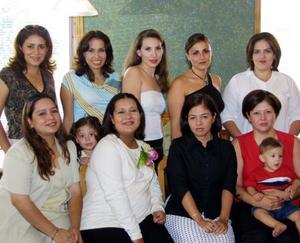Graciela Astorga de Meraz estuvo acompañada de sus amistades y familiares, en la fiesta de canastilla que el ofreció Paola Astorga Flores, con motivo del cercano nacimiento de su bebá.