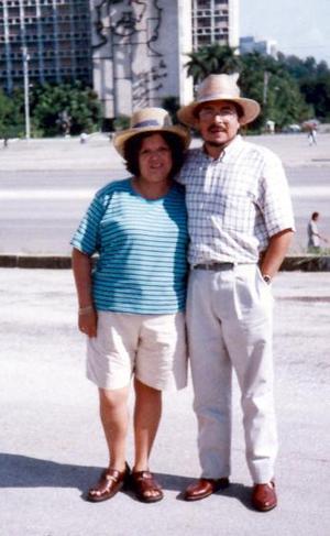 Luis Álvaro Fierro Aguirre y Herminia Herrada Espino visitaron recientemente Cuba, donde gozaron  de sus paradisiacos y bellos paisajes