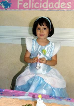 La niña Frida Sofía Escobedo Hernández celebró su cuarto aniversario de vida con un convivio.