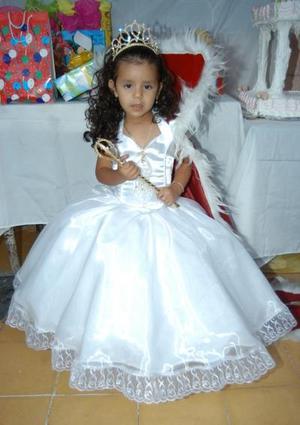 Tres años de edad cumplió Karla Ileana Hernández Gómez hija de Juan Carlos Hernández y Norma Esperanza.