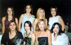 Brenda Román Flores con sus amigas Violeta García, Bárbara Rodríguez, Verónica Castaños, Luz María Trujillo, Jilma Ysáis, Jéssica Rodríguez y Regina Flores.