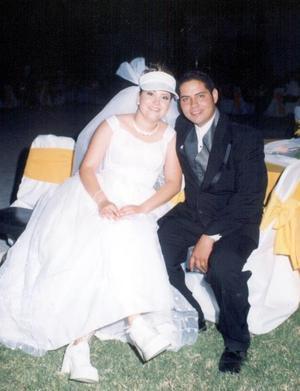 Los novios Anny Ayup Muñoz y Juan Manuel Juárez Salazar.