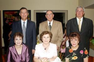 Ramiro Cantú, Mary Carmen de Cantú, Arturo Giacomán, Neda de Giacomán, hugo García y Eva de García.
