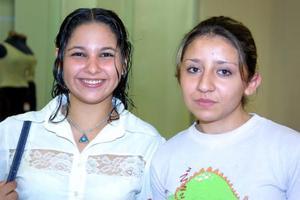 Pamela Guadalupe Flores y Rossana Camacho.