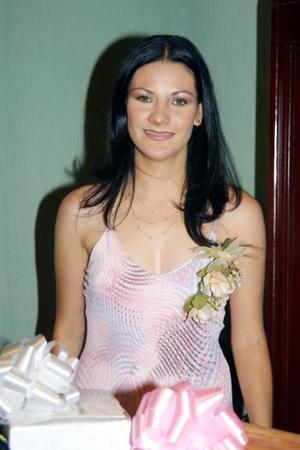 Una primera despedida de soltera le ofrecieron a Guadalupe Mesta Frías.