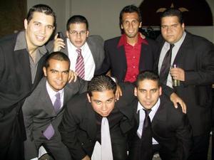 Ricardo Serrano, Jorge Carrillo, Joaquín Reyes, Armando Castil, Edmundo Estrada, Humberto Vázquez  y Javier Carlos Castil.