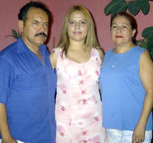 Por su onomástico, Miriam Judith Martínez Pérez fue festejada con un convivio.