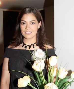 Brenda Romásn Flores  fue captada en su segunda despedida de soltera.