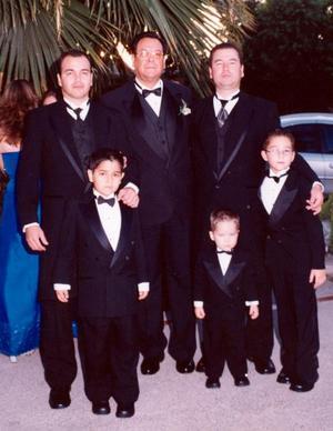 Rafael Gutiérrez, Francisco Garza Espino, Francisco Garza Gutiérre, Rafael GArza González, Daniel y Francisco Garza Olayo.